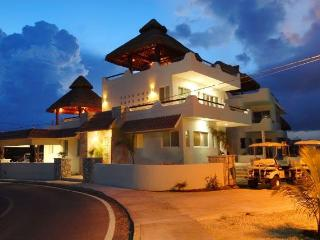 Spacious Oceanfront Home, 4 BR-El Castillo Maya - Isla Mujeres vacation rentals
