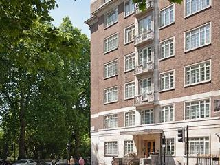 Quality 2 Bedroom Apartment opposite Hyde Park - London vacation rentals