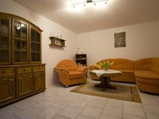 Vacation Apartment in Kenzingen - 592 sqft, peaceful, affordable, all-in-one (# 3185) - Black Forest vacation rentals