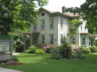 Carriage House Inn B&B - Lake Ontario Area vacation rentals