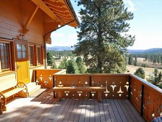 The Chalet!  Fantastic Log Home!  Slps 10 | WiFi  | See Fall Specials! - Ronald vacation rentals