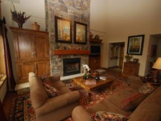 1 Arrowhead A400 - Beaver Creek vacation rentals