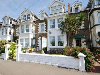LIVIE - Bude vacation rentals