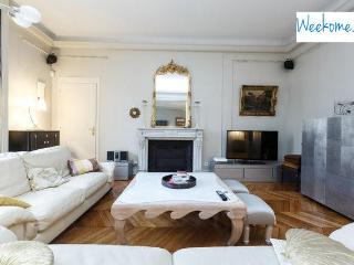 Apartment 6 people at Champs Elysées by Weekome - 11th Arrondissement Popincourt vacation rentals