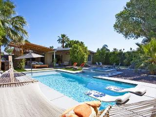 Atomic Ranch Heaven - Palm Springs vacation rentals
