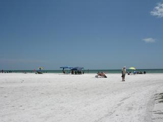 Beautiful Bay Village Fort Myers Beach Florida - Fort Myers Beach vacation rentals