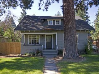 Pet Friendly, Hot Tub - Close to River Trail, Downtown - Bend vacation rentals