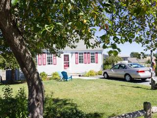 11 Almy Ave - East Sandwich vacation rentals
