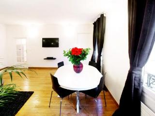 Charming Apartment in Le Marais, Center of Paris - Paris vacation rentals