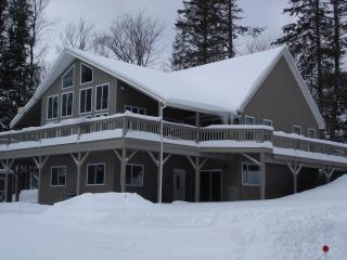 New Beautiful Killington 7 Bedroom 6.5 Bath Home - Mendon vacation rentals