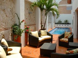 Incredible 6 Bedroom Hideaway in Old Town - Cartagena District vacation rentals