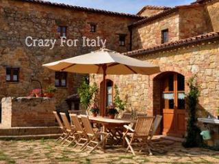Newly restored Pienza Villa, beautiful, sleeps 15 - Positano vacation rentals