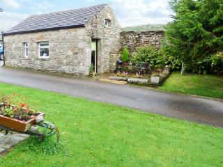 THE BULL HULL, scenic walks, off road parking, private patio, in Hutton Roof, Ref 20133 - Hutton Roof vacation rentals