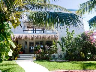 Secluded, romantic 3 brm beach villa - Tankah Bay! - Quintana Roo vacation rentals
