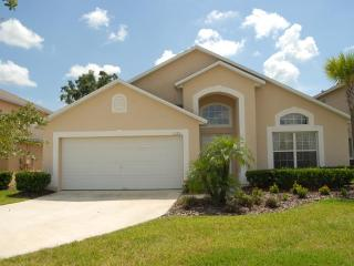 South facing pool with Spa- 4 bed/3bath home Ref 35906 - Kissimmee vacation rentals