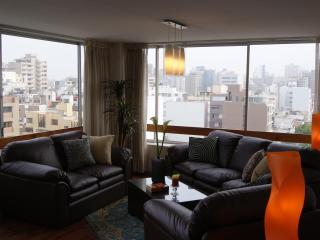 Stunning City & Ocean View - 2 Blocks to Larcomar - Peru vacation rentals