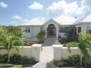Luxury family Villa with pool: Coverley House! - Oistins vacation rentals