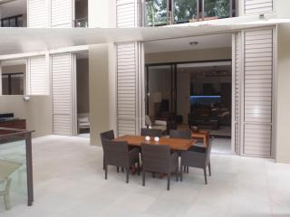 3 Bedroom Apartment Within Sea Temple Resort - Palm Cove vacation rentals