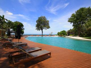 Hua Hin Beach Penthouse With 2 Bedrooms - Hua Hin vacation rentals