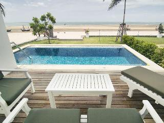 House Directly On The Beach With Private Pool - Kui Buri vacation rentals