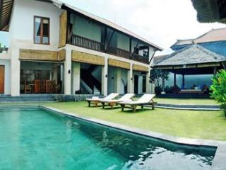 Vitodi Villas - 2,3 or 5 Bedroom Villa in Seminyak - Seminyak vacation rentals