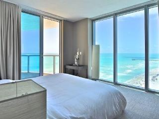 Solé on the Ocean 2 bedroom apartment ocean front - Sunny Isles Beach vacation rentals