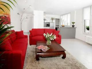 Beautiful apartment in Montorgueil - Paris vacation rentals