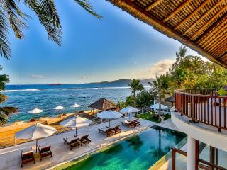 Bali Villa Jukung absolute beachfront - Candidasa vacation rentals