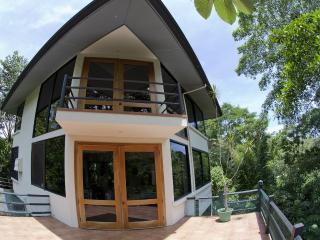3 bedroom design villa with unique panoramic views - Manuel Antonio vacation rentals
