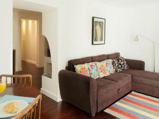 Apartment in Lisbon 243 - Príncipe Real - managed by travelingtolisbon - Lisbon vacation rentals