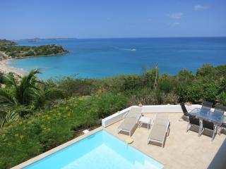 Friars Bay Blue-1, 2 or 3 Bed/3 baths in Happy Bay - Orient Bay vacation rentals