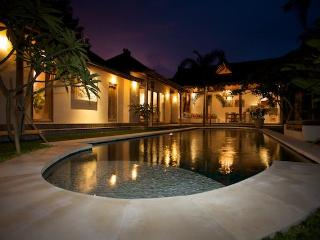 Charming Traditional Bali Villa Anais 3BR in the heart of Seminyak, poolfence available - Seminyak vacation rentals