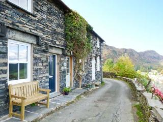 MINER'S COTTAGE, superb pet-friendly cottage, woodburner, lake views, in Coniston Ref 13990 - Coniston vacation rentals
