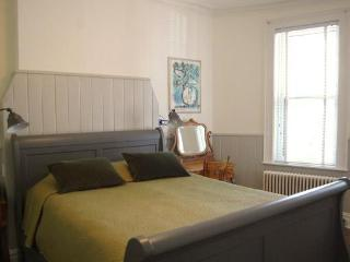 2 Bedroom w/Private Garden on Historic Street - Brooklyn vacation rentals