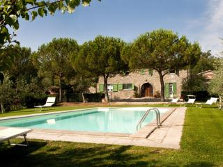 6 bedroom villa with swimming pool in Tuscany - Castellina In Chianti vacation rentals