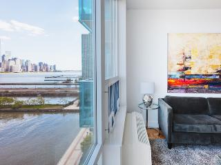 Sky City at Newport Blue - 2 bedroom- Private balcony- Manhattan views !! - Greater New York Area vacation rentals