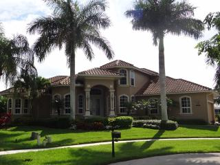 Amazing  water front home with pool & spa-DOVE816 - Marco Island vacation rentals