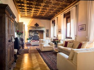 Tuscany luxury 5 bedroom villa - Castellina In Chianti vacation rentals