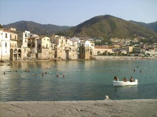 Apartments 15&25m to sea & view; in Cefalù, Sicily - Cefalu vacation rentals