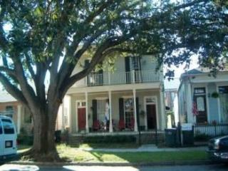 2 BR Victorian Condo in New Orleans Gard. Dist. - New Orleans vacation rentals
