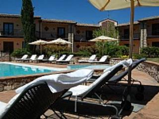 Casa Canfora C - Collepepe vacation rentals