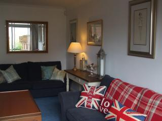 MARINA COTTAGE, Dog Friendly on Conwy Marina - Conwy County vacation rentals