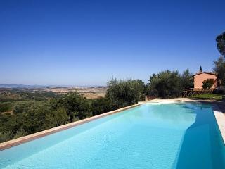 3 bedroom apartment in Umbria in Italy - Castellina In Chianti vacation rentals