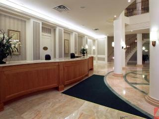 DelSuites Extended Stays Mississauga-Skymark West - Toronto vacation rentals