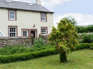 THE OLD POST OFFICE, romantic base, with woodburner, near mountains and River Irt, in Santon Bridge, Ref 16401 - Lake District vacation rentals