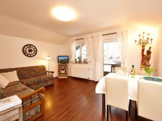 Vacation Apartment in Mittenwald - 646 sqft, central, quiet, ideal (# 3252) - Bavarian Alps vacation rentals