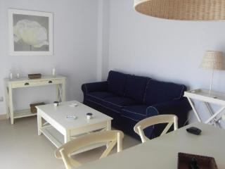 CR100bTARR - Apartamento vistas al mar - Costa Dorada vacation rentals