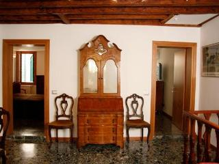 Rialto Apartment_Sunny flat in the heart of Venice - Venice vacation rentals