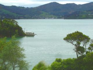 Self contained Waterside Apartment Otago Peninsula - Dunedin vacation rentals