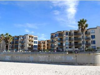 September! At the Beach and Boardwalk! in Pacific Beach! - San Diego vacation rentals